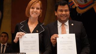 Aquí el vídeo de la firma del Acuerdo de Cooperación interinstitucional entre la Asamblea Nacional del Ecuador y Fundación Comparlante