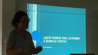 """Charla: """"Un acercamiento a distintas miradas sobre autismo"""" en Hilario Ascasubi"""