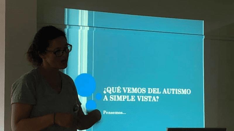 Imagen charla autismo